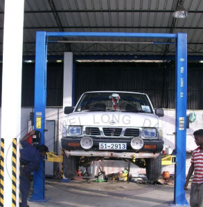 Two Post Auto Car Lift - Wld235m pictures & photos