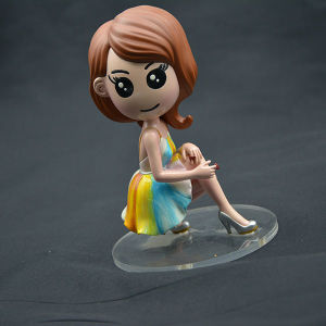 Customized Realism Figurine with High Quality Effect pictures & photos