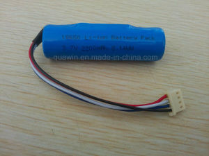 Manufacturer Li-ion 18650 2200mAh 3.7V Protected Battery pictures & photos