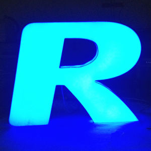 Front Lit and Halo Lit Acrylic Illuminated Signage Letters for Advertising pictures & photos