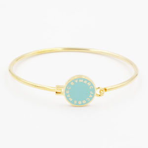 Simple Fashion Bangle with Custom Made Coin & Enamel Background pictures & photos