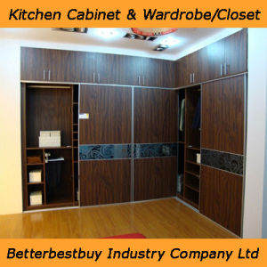 Modern Bed Furniture Wardrobe with Big Size pictures & photos