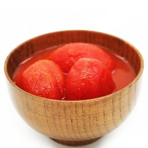 Canned Whole Peeled Tomatoes with High Quality pictures & photos