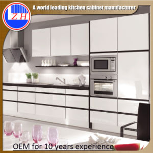 2015 New MDF Kitchen Cabinet (Customzied) pictures & photos