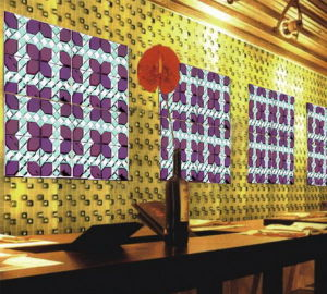 Purple Red Crystal Glass Mirror Mosaic for Wine Bar pictures & photos