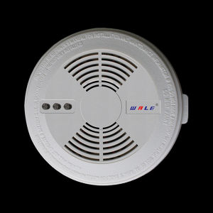 New GSM Smoke Detector Alarm with Two Ways Power Systems pictures & photos