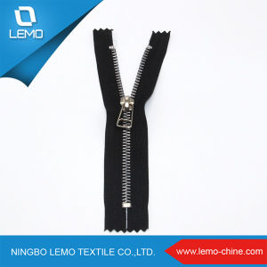 Gold Color 3# Metal Zipper for Pants pictures & photos