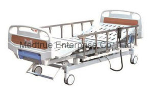 Three Function Electric Hospital Patient Medical Bed pictures & photos