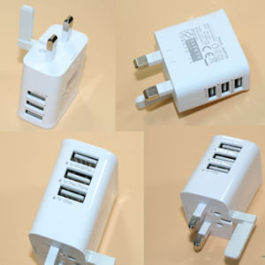 BS 5V 3.1A 3 USB Wall Charger with Interchangeable Plugs pictures & photos