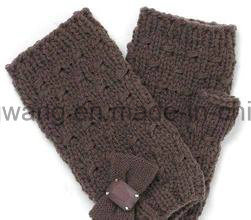 Wholesale Knitted Acrylic Warm Jacquard Gloves/Mittens pictures & photos