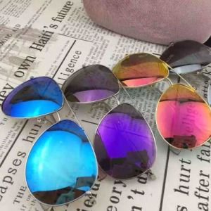 New Fashion Design Polarized Sunglasses with Mirror pictures & photos