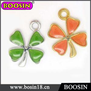 New Fashion Four Leaf Clover Jewelry Flower Bracelet Charm #13857 pictures & photos