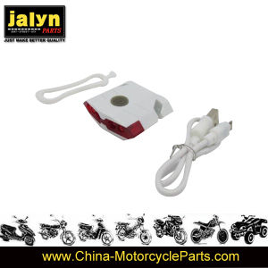 A2001048A Plastic Chargable Light for Bicycle pictures & photos
