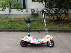 8 Color 12ah Lithium Battery Electric Foldable Scooter Et-Es18 pictures & photos