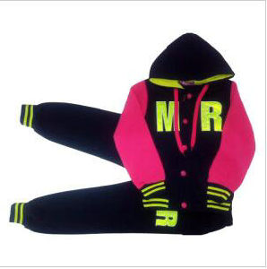Fashion Fleece Girl Children Clothes in Sport Wear Suit for Kids Apparel Swg-152 pictures & photos