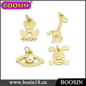 Zinc Alloy Custom Wholesale Shiny Matt Gold Jewelry Charms #18885 pictures & photos