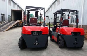 4.0 Ton Diesel Forklift Truck with Xinchang A495 Engine pictures & photos
