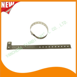 Entertainment One Time Use Promotion Custom Plastic ID Wristband (E8070-22) pictures & photos