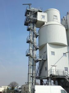 Chain Bucket Elevator Bulk Material Handling Equipment pictures & photos