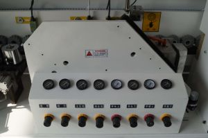 Automatic Wood Edge Banding Machine with Buffing, Scraping, Fine Triming, Rough Triming, End Triming, Gluing, Drilling, Corner Triming, Pre-Miling etc pictures & photos