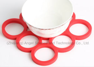 Heat Insulation Silicone Table Mat Placemat Sm26 pictures & photos