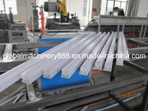 PC Lampshade Profile Extrusion Production Line pictures & photos