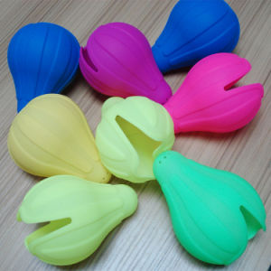 Cute Shape Soft Silicone Lemon Squeezer Lemon Press pictures & photos