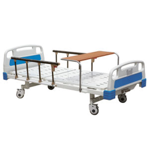 Ce ISO Three Cranks Manual Hospital Patient Bed pictures & photos