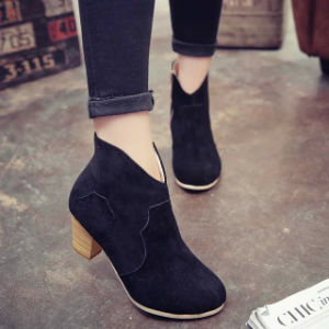 New European and American Explosive Coarse Heel Short Boots Female Autumn and Winter High Heel Martin Boots 9 Sizes pictures & photos