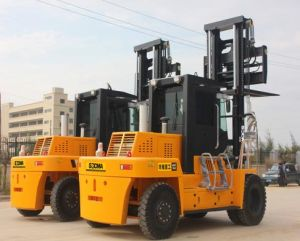 Counter Balance Heavy Duty Diesel Forklift pictures & photos