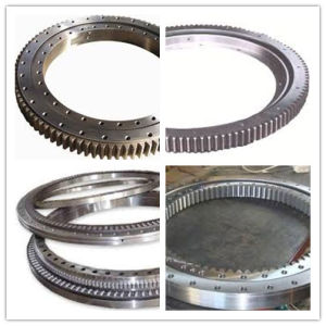 Made in China Bearing Factory Hitachi Excavator Swing Bearing pictures & photos