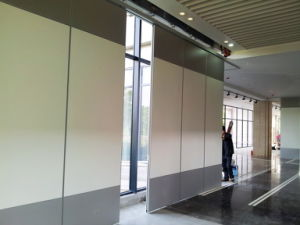Sliding Partitions Wall for Training Center/Classroom/ Function Room/Call Center pictures & photos