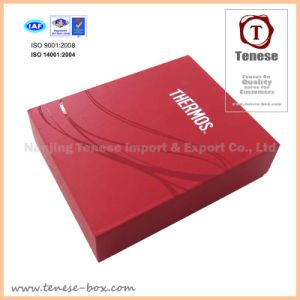 2016 Fashion Customize Packaging Paper Box pictures & photos