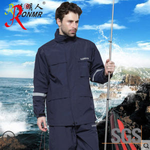 New Style Waterproof and Breathable Rain Suit (QF-768) pictures & photos