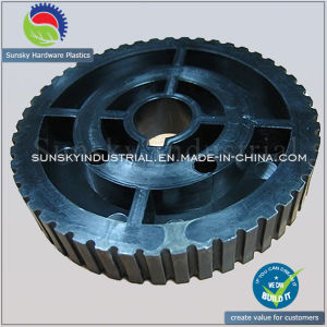 OEM Custom Plastic Injection Molding Plastic Precision Wheel (PL18019) pictures & photos