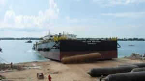 Marine Lifting Airbag for Ship Landing and Ship Dismantling 1.5m X 16m, 6 Layers