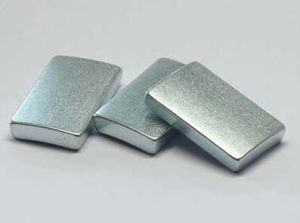 Sintered Permanent Irregular Magnets (UNI-IRRE-oo7) pictures & photos