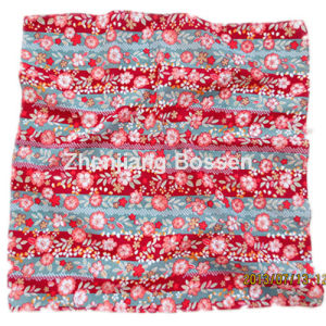 OEM Produce Customzied Printed Girl′s Lady′s Cotton Big Handkerchief pictures & photos