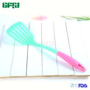 Non-Stick Food Grade Silicone Chinese Wok Turner Slotted Turner Fish Slices pictures & photos
