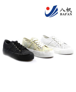2015 New Arrival Lady′s Fashion Canvas Flat Casual Shoes (BFM0294) pictures & photos