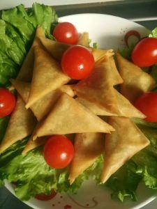 Fresh Hand-Made Vegetable Samosa 12.5g * 96 pieces /Carton Boxes pictures & photos