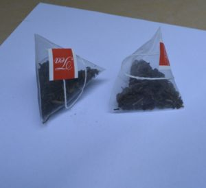 Nylon Pyramid/Triangle Tea Bag Packing Machine pictures & photos