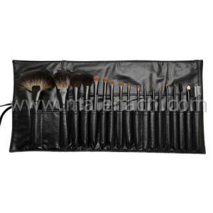 High Quality 18PCS Professional Makeup Brush Set pictures & photos