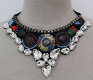 Lady High Quality Beaded Crystal Choker Fashion Necklace (JE0164-1) pictures & photos