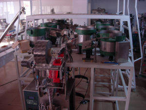 Plastic Button Counting Packaging Machine pictures & photos