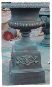 Cast Iron Flower Pot (HD-514) pictures & photos