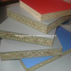 Chinese Best Plain or Melamine Particle Board (QDGL-PB12) pictures & photos
