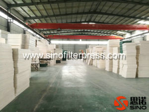 Sludge Dewatering Round Chamber Plate Type Filter Press pictures & photos
