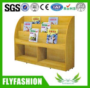 Wood Modern Children Bookshelf with Wheels (SF-114C) pictures & photos