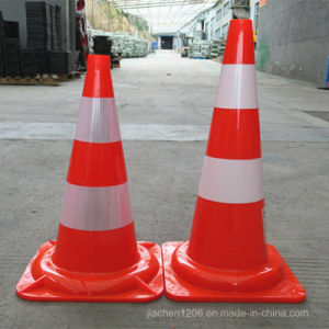 High-Intensity Reflective Band PVC 550mm Solid Red Traffic Cone pictures & photos